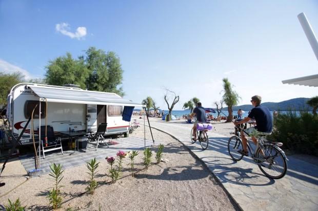 17006-1-solaris-camping-beach-resort-1024x682
